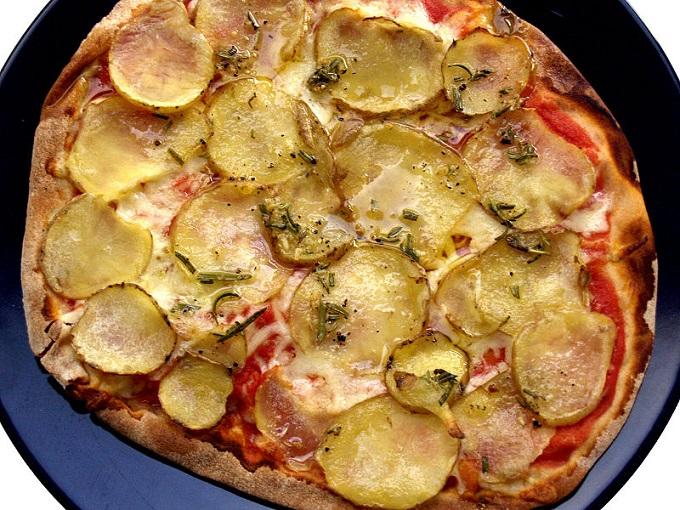Gozitan pizza